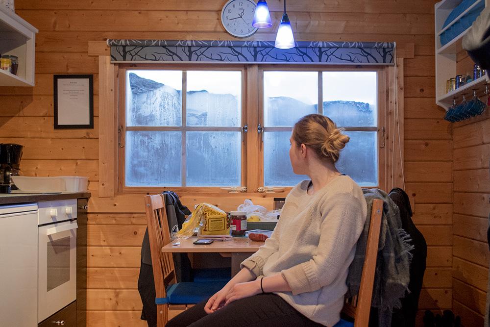 islandia-zima-domek